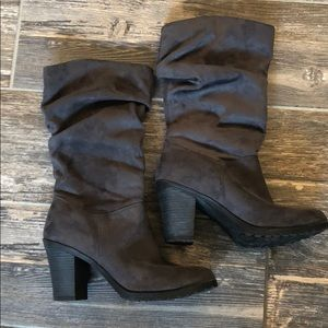 Gray mid calf boots, barely worn